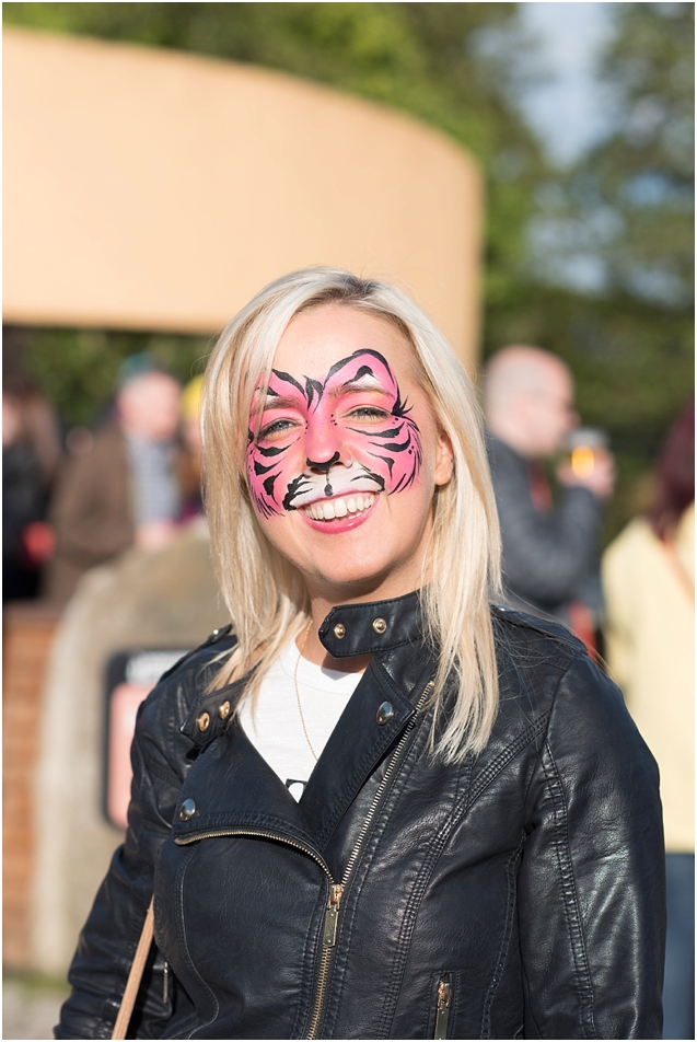 I spent a couple of fun evenings capturing the action at the zoo nights events at Edinburgh Zoo in June.